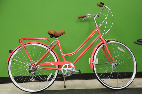A women's cruiser from Reid with a retro look.